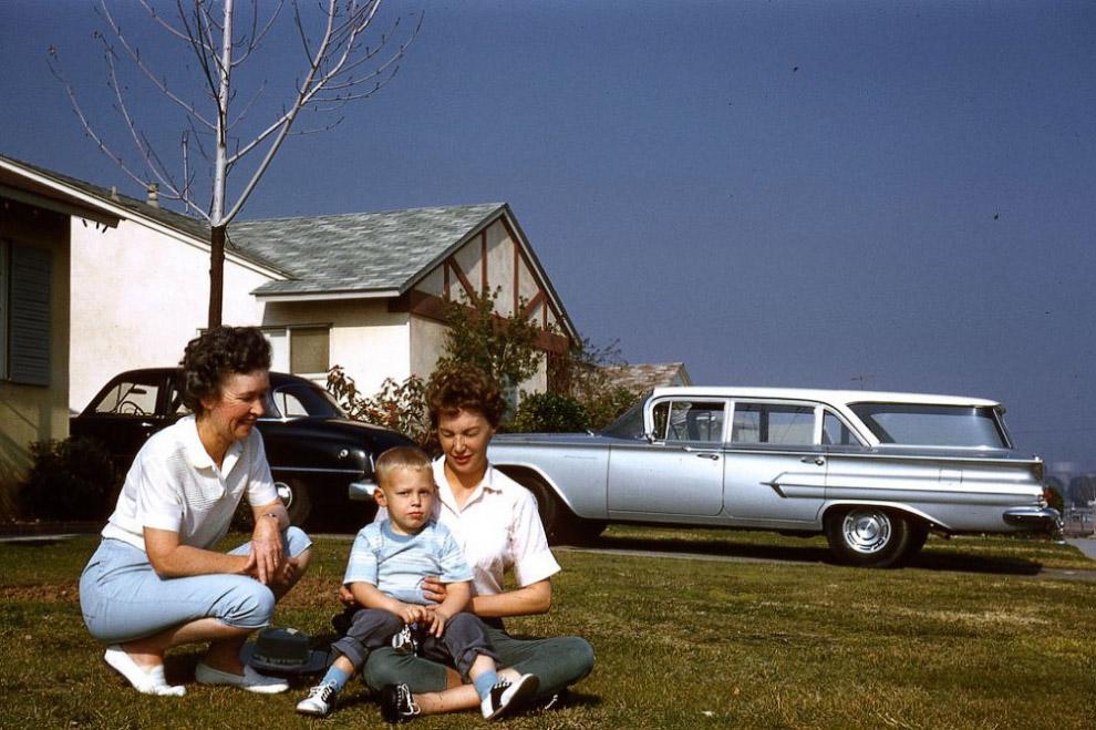 Бабушка с дочкой и внуком, Калифорния, 1961 год.