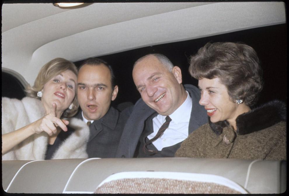 Wracając z imprezy w San Francisco w 1960 roku.
