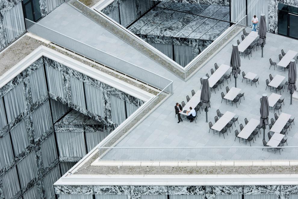 Швейцарское представительство одной из самых известных страховых компаний мира Allianz