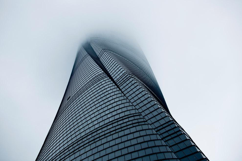 Шанхайская башня — сверхвысокое здание в районе Пудун города Шанхай в Китае.