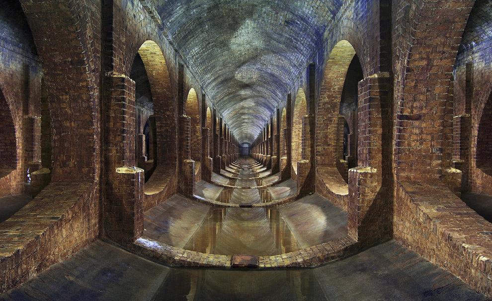 Подземное сооружение под Лондоном, относящееся к викторианской эпохе.