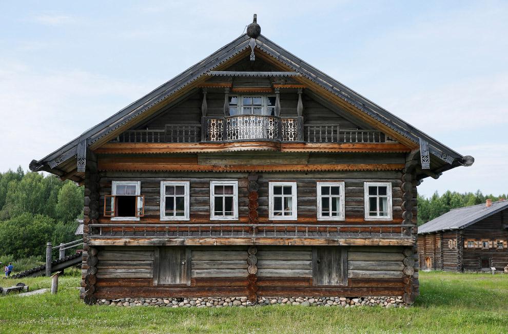 Ну очень красивый балкончик, Вологодская область