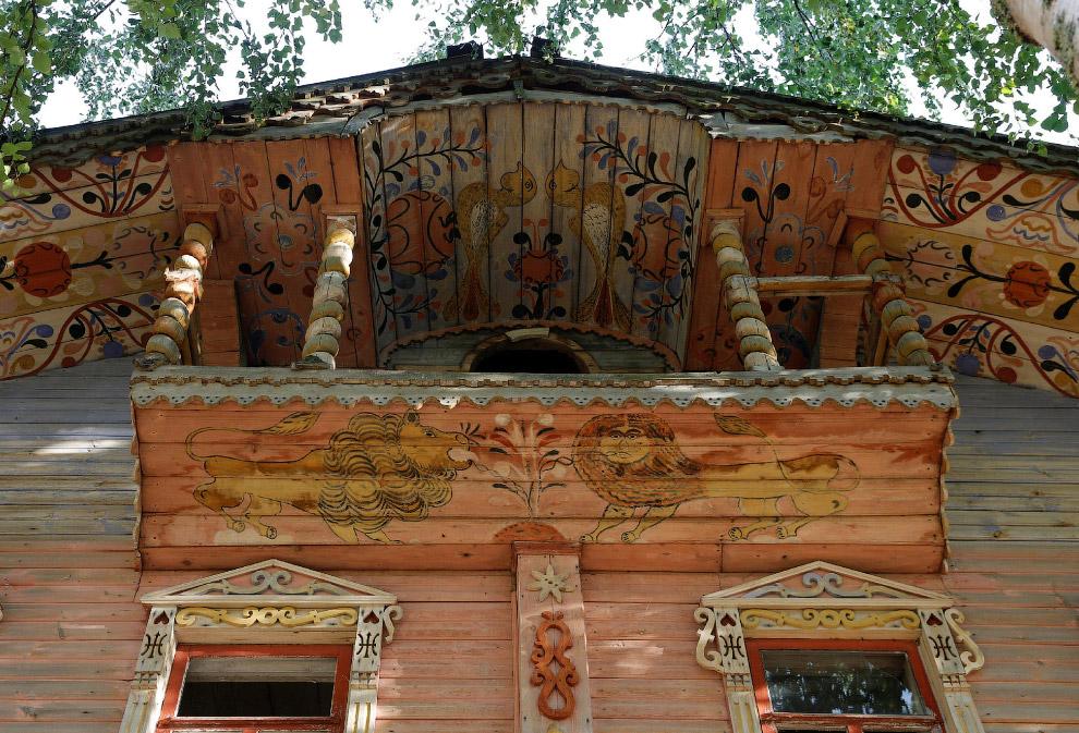Детали деревянного дома в Архангельской области России