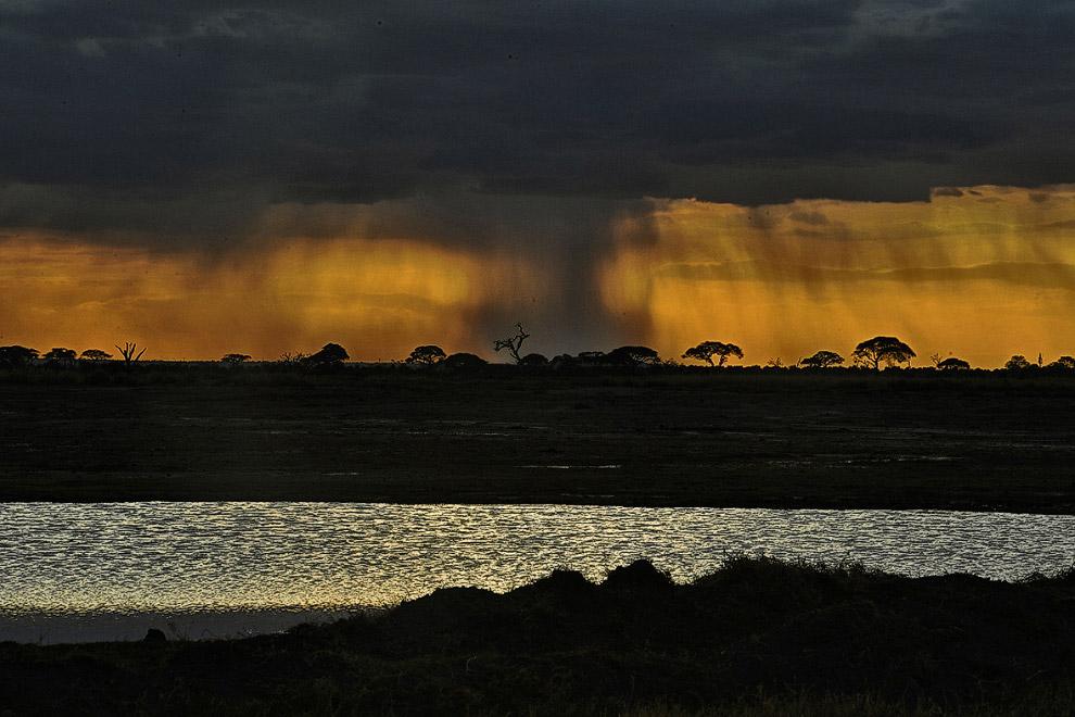 Закат в Национальном парке Амбосели