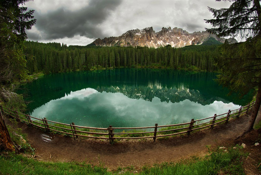 Озеро это называется Карреца
