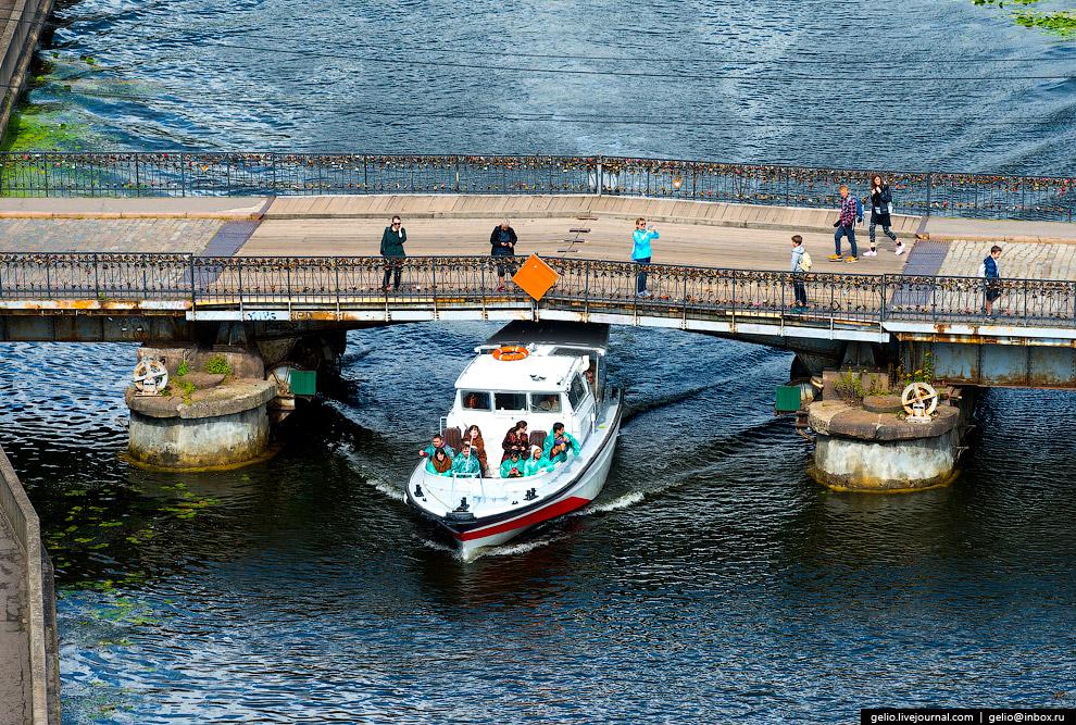 Медовый — самый молодой из семи исторических мостов Кёнигсберга