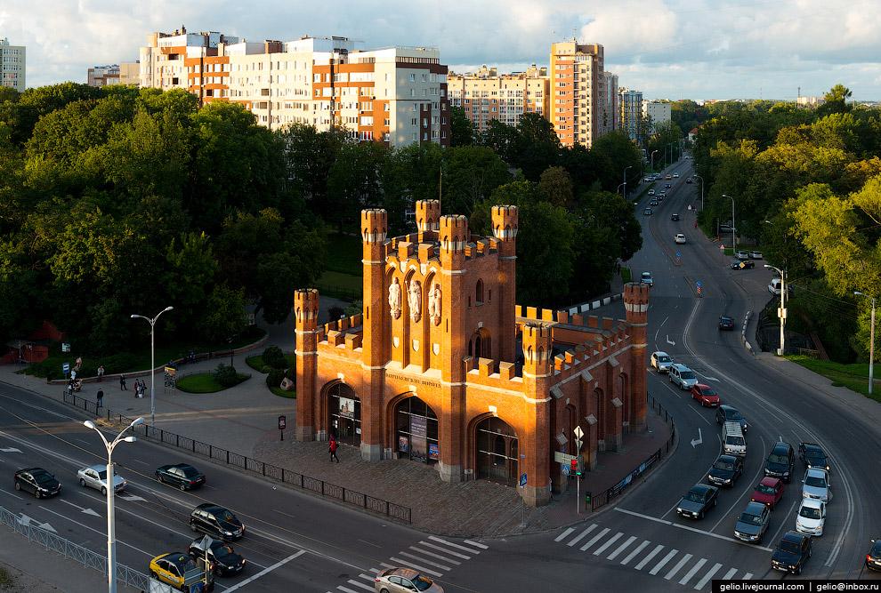 Королевские ворота — один из красивейших исторических объектов