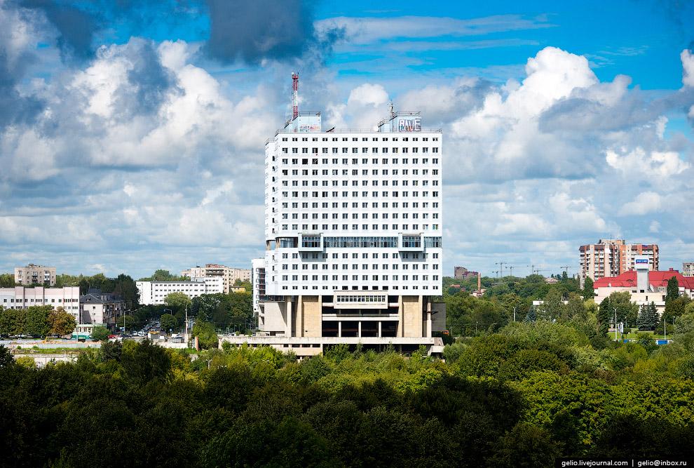 Самый известный и монументальный долгострой Калининграда — Дом советов