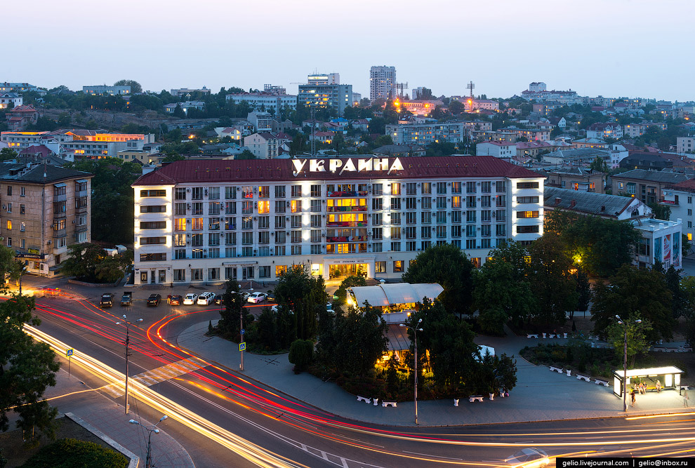 Трёхзвёздочная гостиница «Украина»