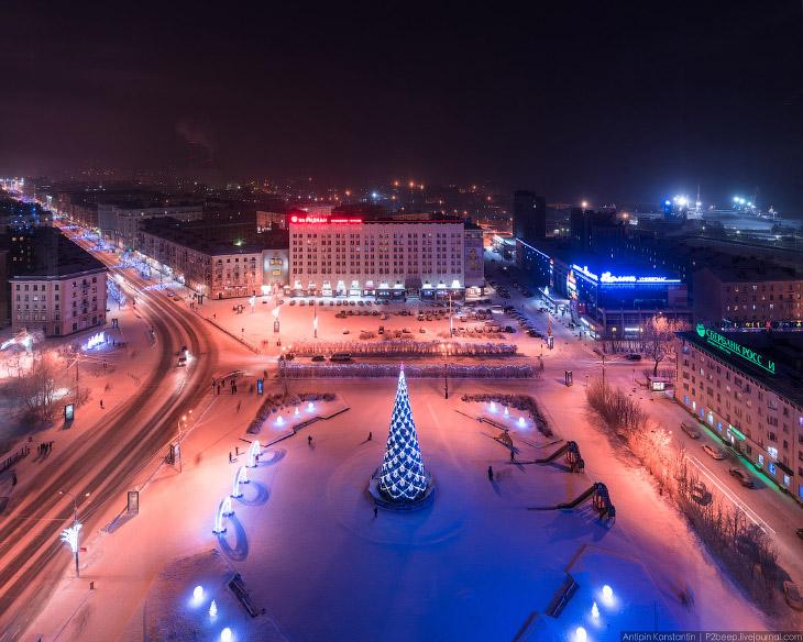 Главная площадь города — Пять углов