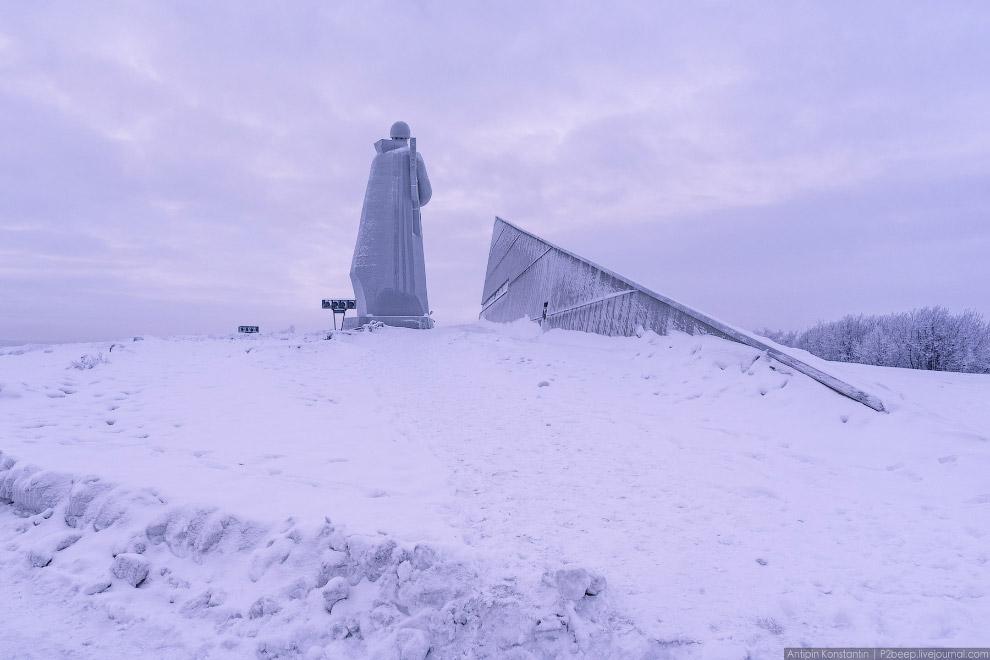 Самый известный монумент Города-героя Мурманска — мемориал защитникам Советского Заполярья в годы Великой Отечественной войны.