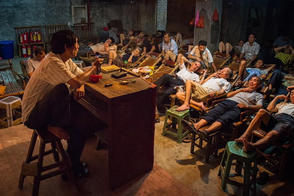 Сказочник. Групповой отдых в провинции Сычуань, Китай