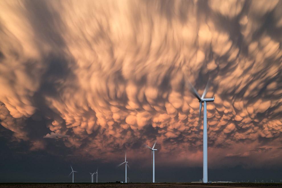 Вымеобразные облака в штате Канзас