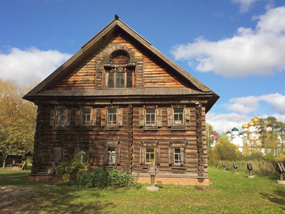 Дом Липатова 1857 г. постройки