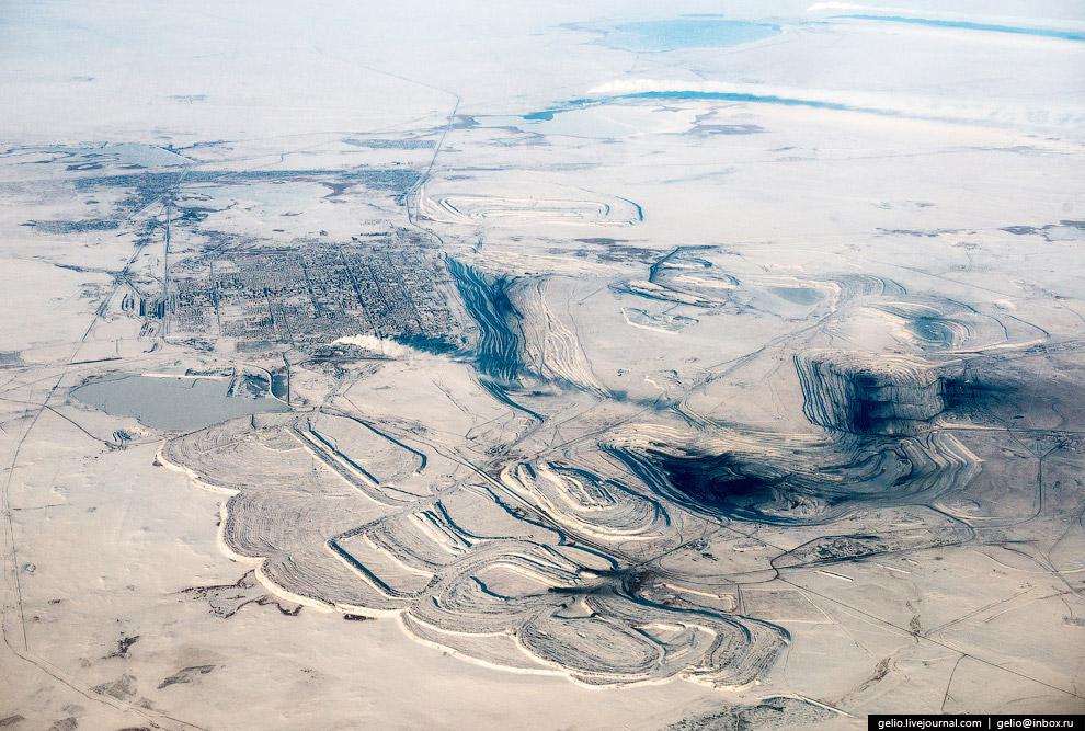 Угольный разрез «Богатырь» вокруг города Экибастуз. Казахстан.