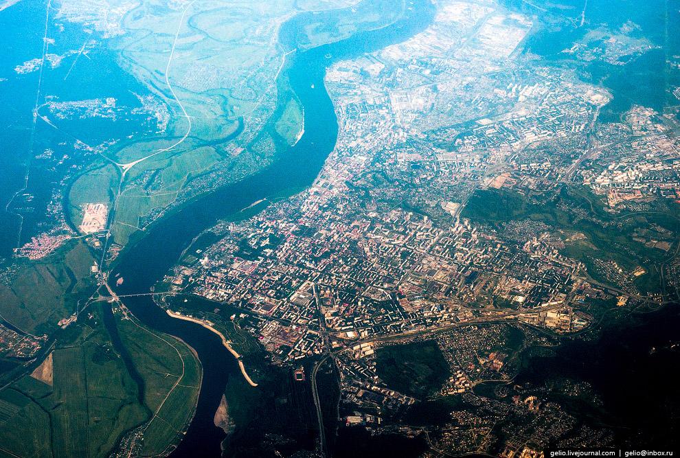 Томск — старейший в Сибири город на берегу реки Томь.