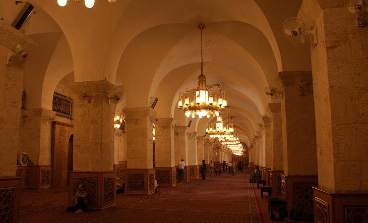 Это Великая мечеть Алеппо