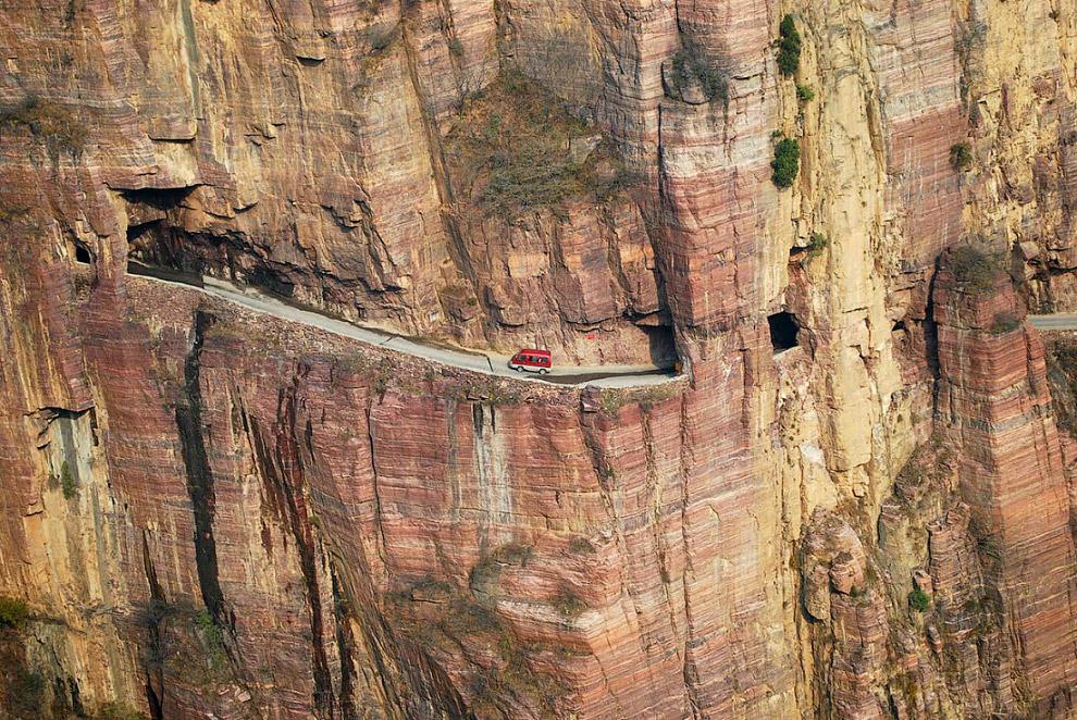 №5.  Тунель Гуолянь, Китай
