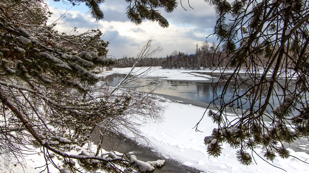 Река Турка, буквально пяток километров от Байкала