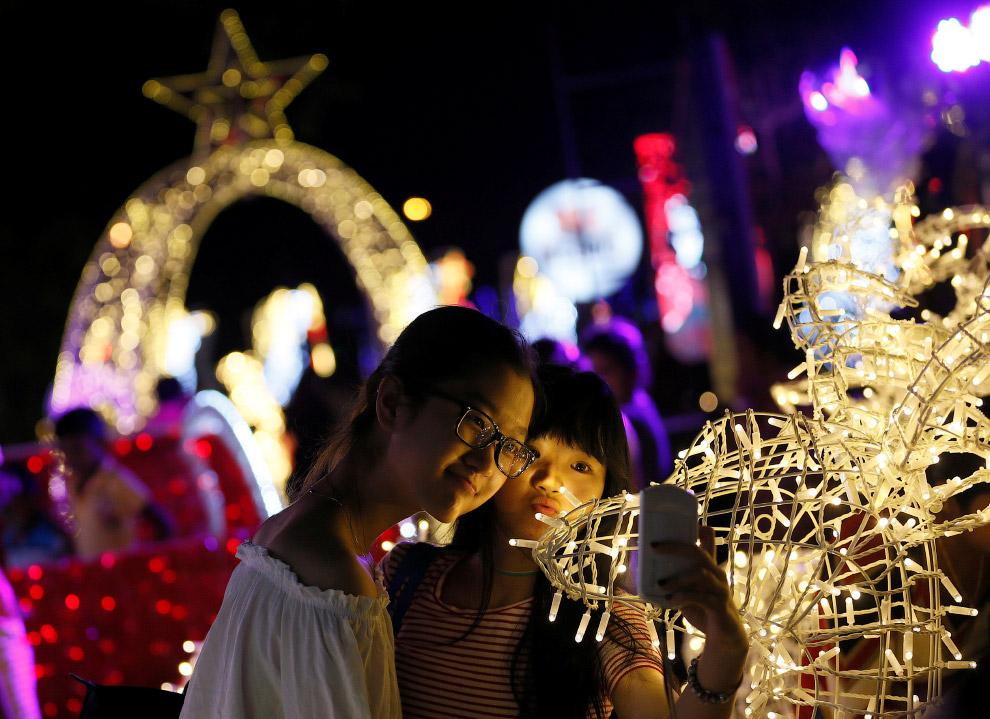 Новогодняя иллюминация в Коломбо, Шри-Ланка