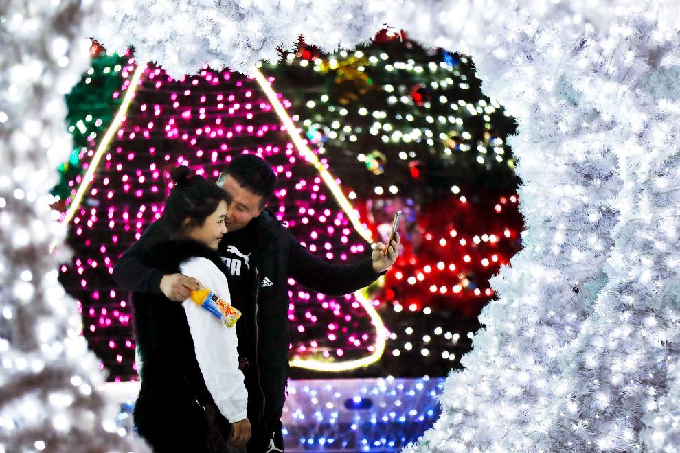 Новогодняя иллюминация в Пекине