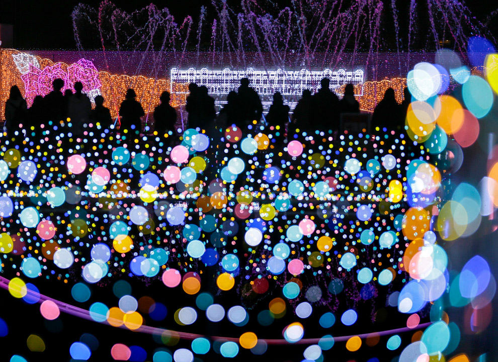 В парке развлечений в Токио установили 5 млн лампочек