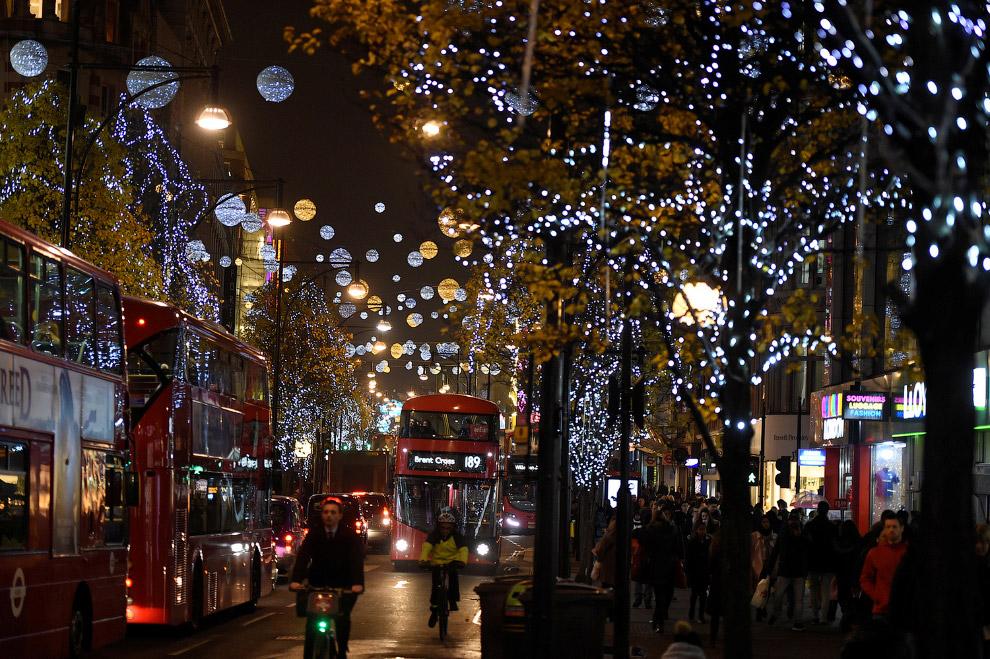 Рождественская иллюминация на Оксфорд-стрит в Лондоне, Великобритания