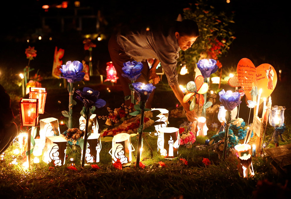 Начало рождественских праздников в Кали, Колумбия