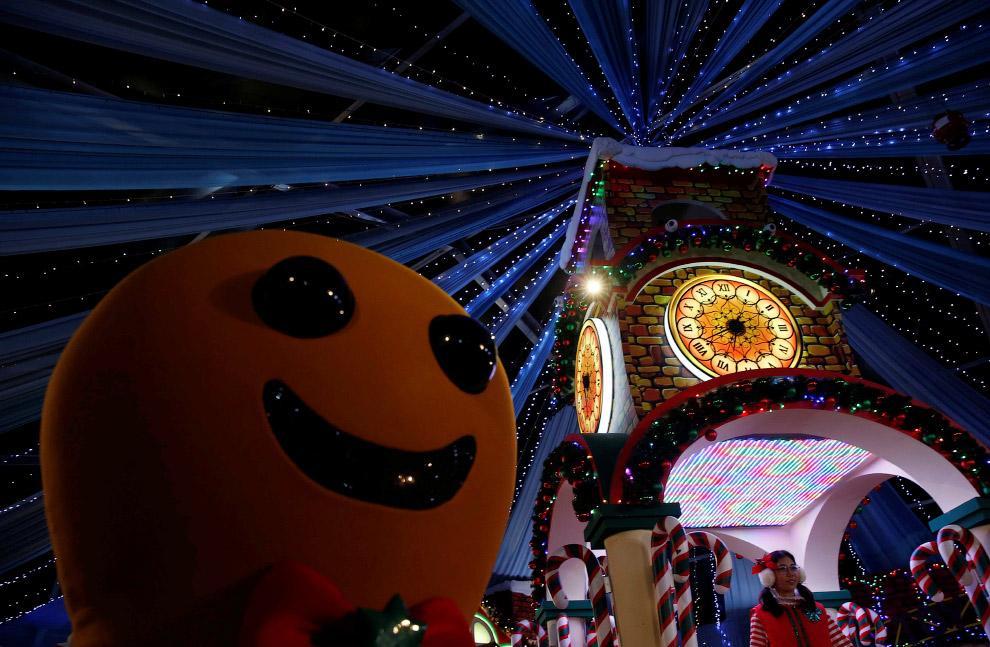 CHRISTMAS-SEASON/SINGAPORE