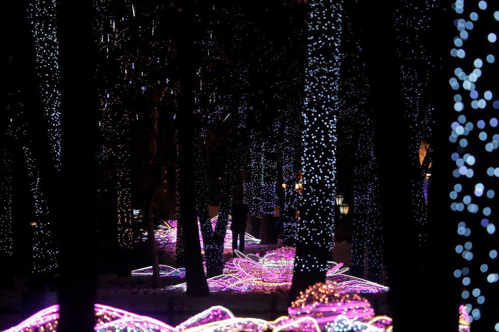 Новогодние огни в центре Москвы