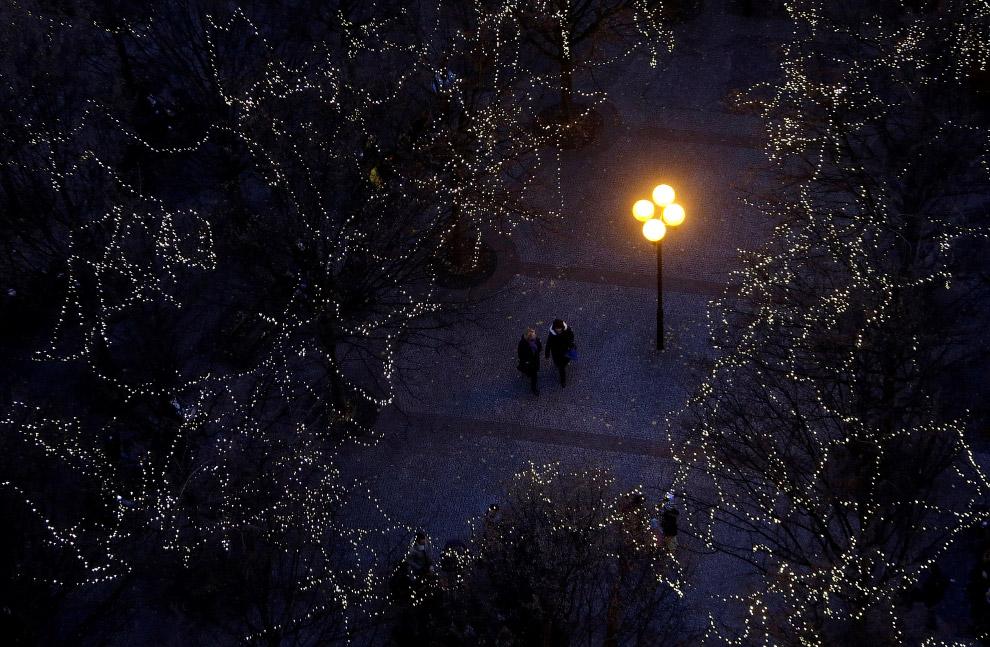 Новогодние огни на Староместской площади в Праге
