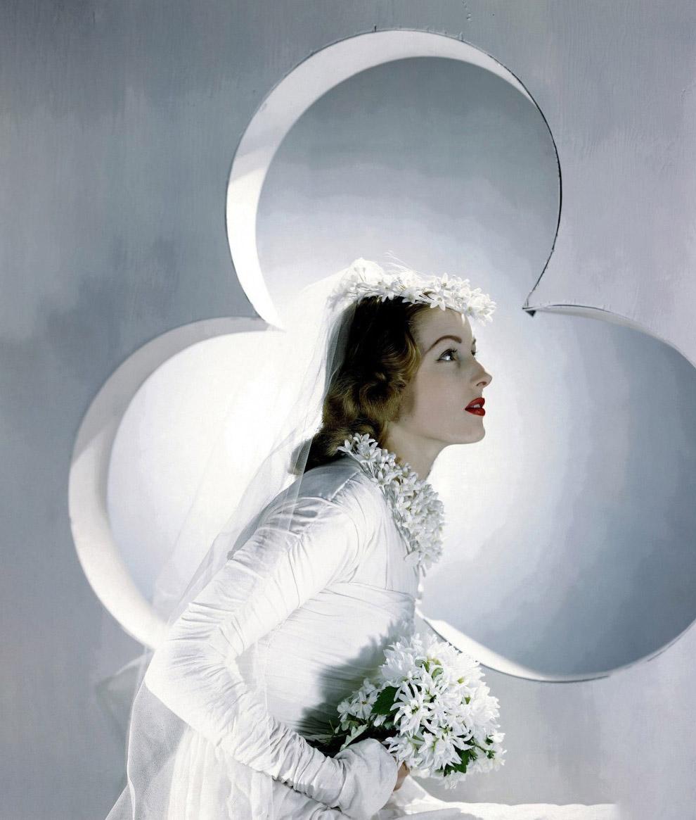 Модель в платье невесты. Фото Хорст П. Хорст, 1941 год.