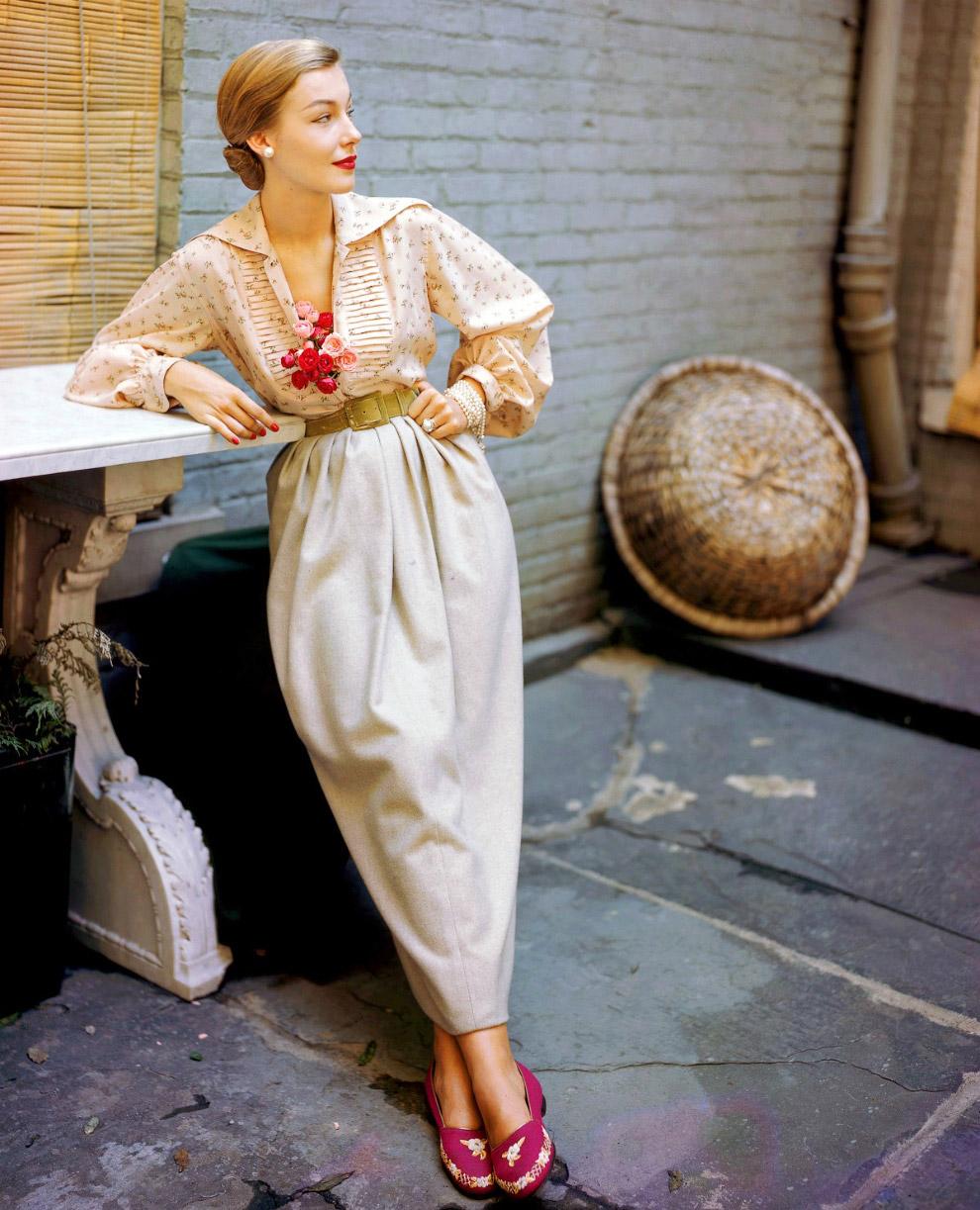 Модель в одежде от Джосет Уокер. Фото Женевьев Нейлор, 1949 год.