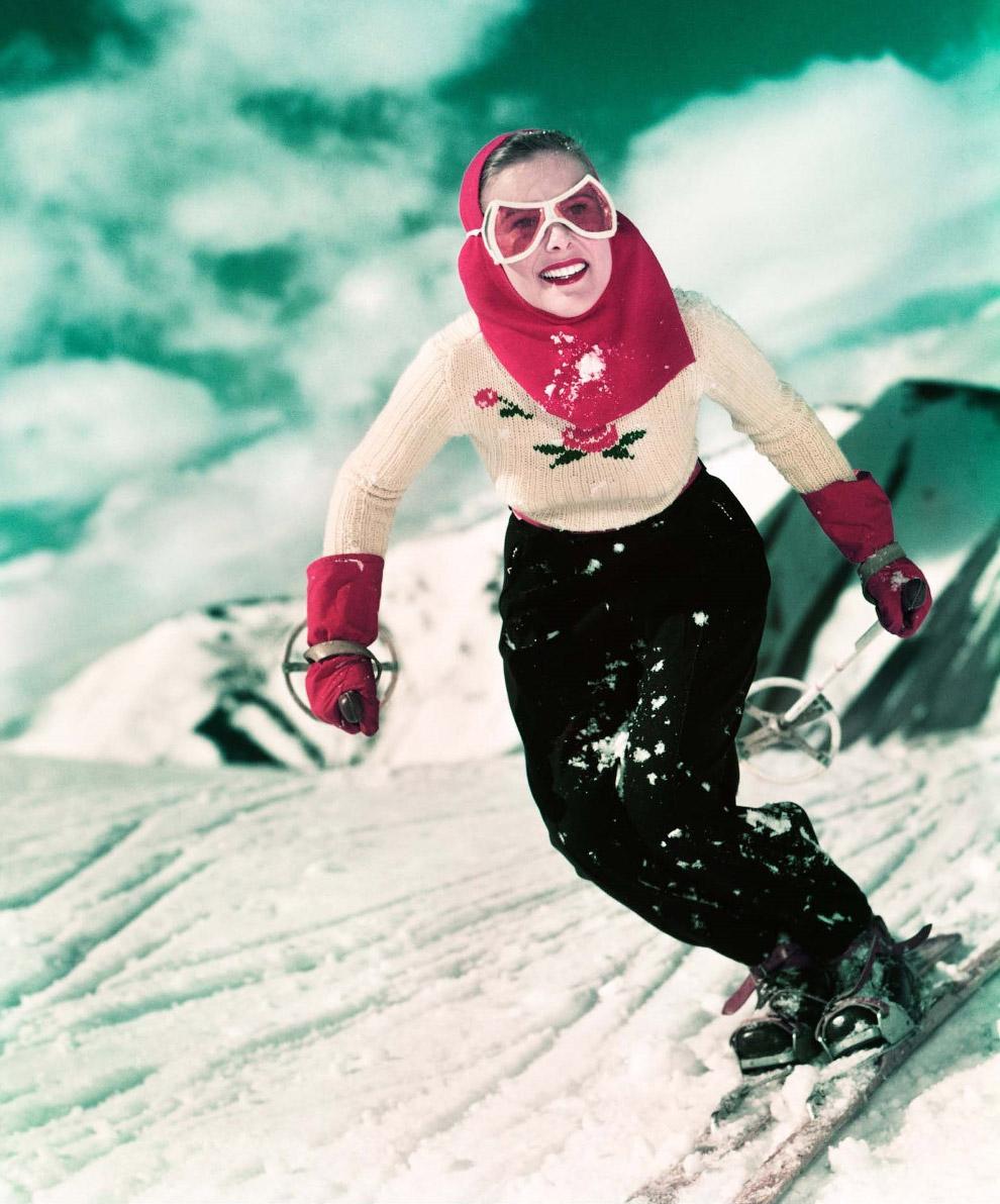 Девушка на лыжах, 1949 год.