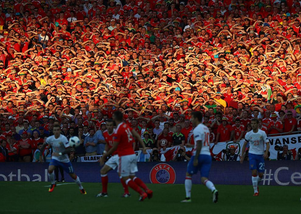 Матч между сборными России и Уэльса на Евро-2016