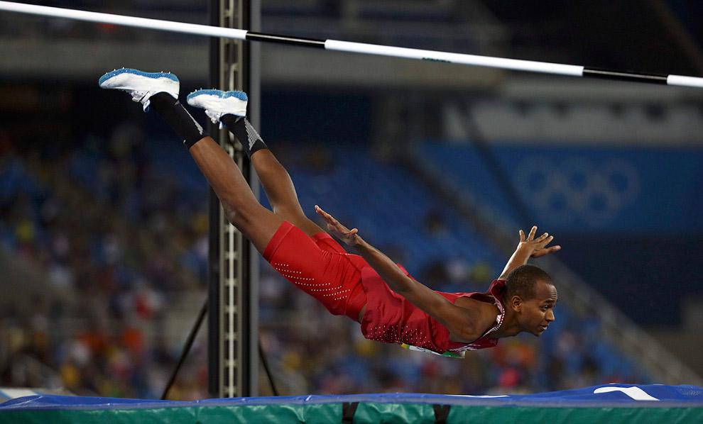 Прыгунья в высоту из Катара на Олимпиаде 2016