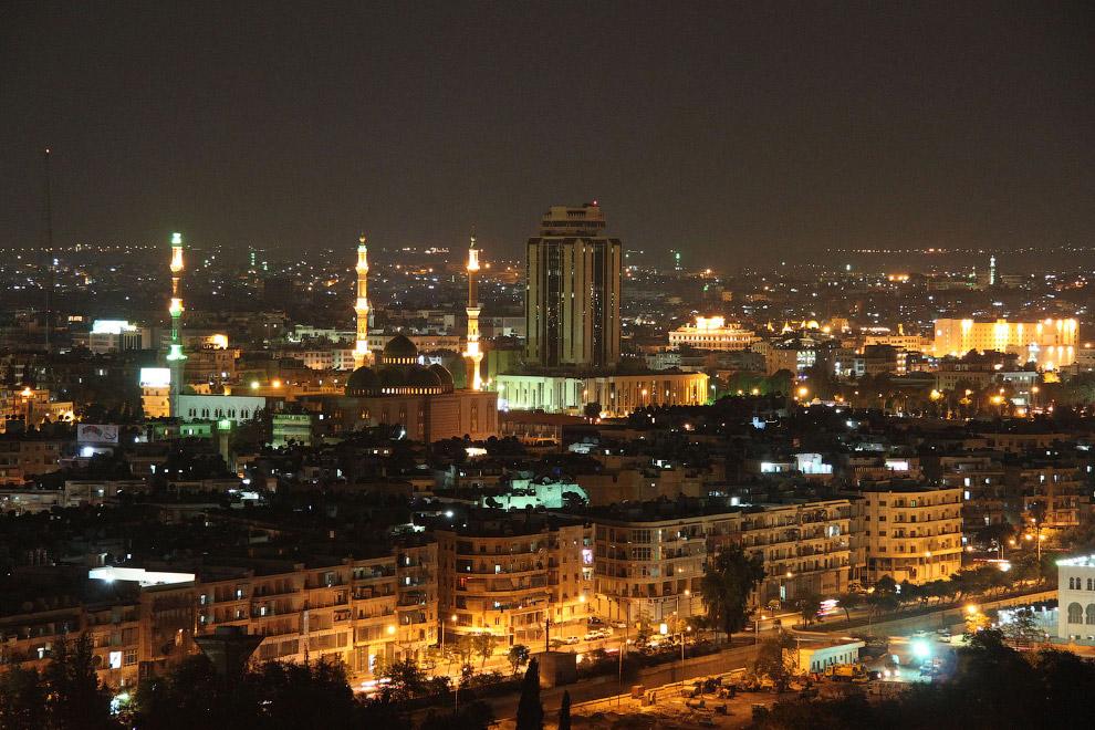 Алеппо в ночное время