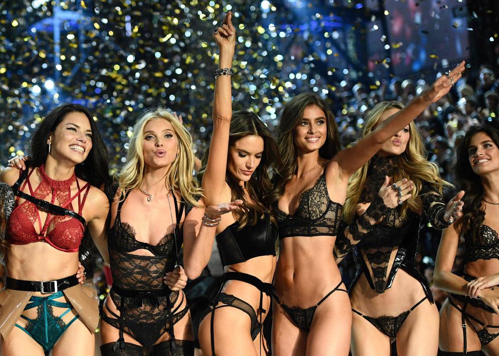 Шоу Victoria`s Secret 2016