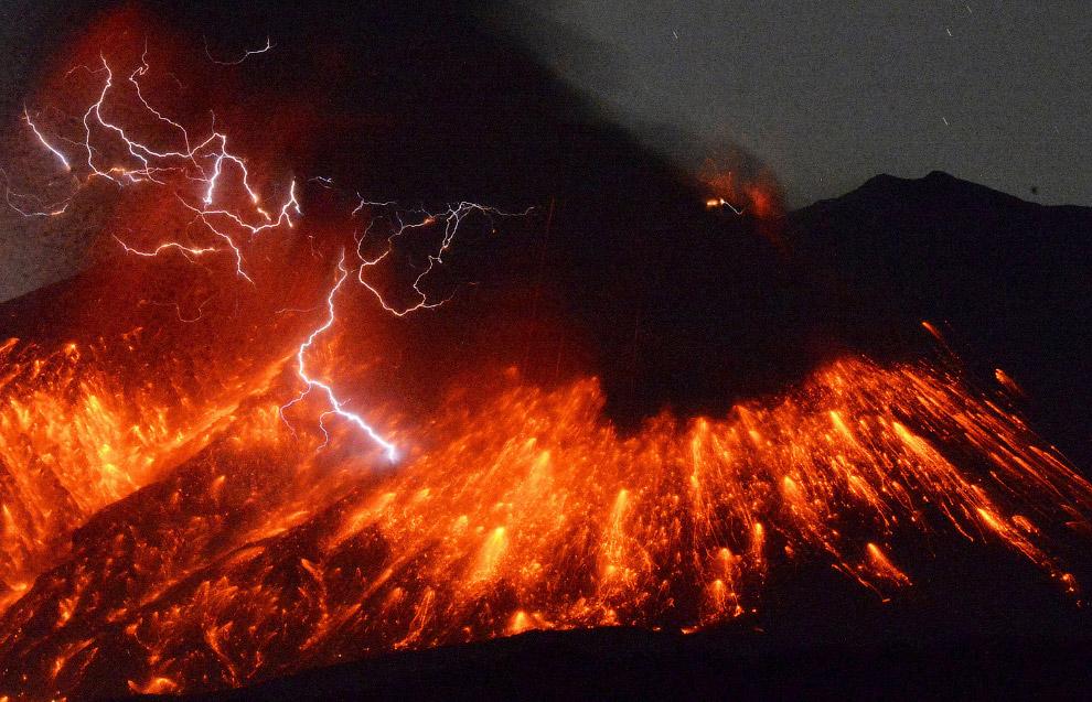 Извержение действующего стратовулкана Сакурадзима