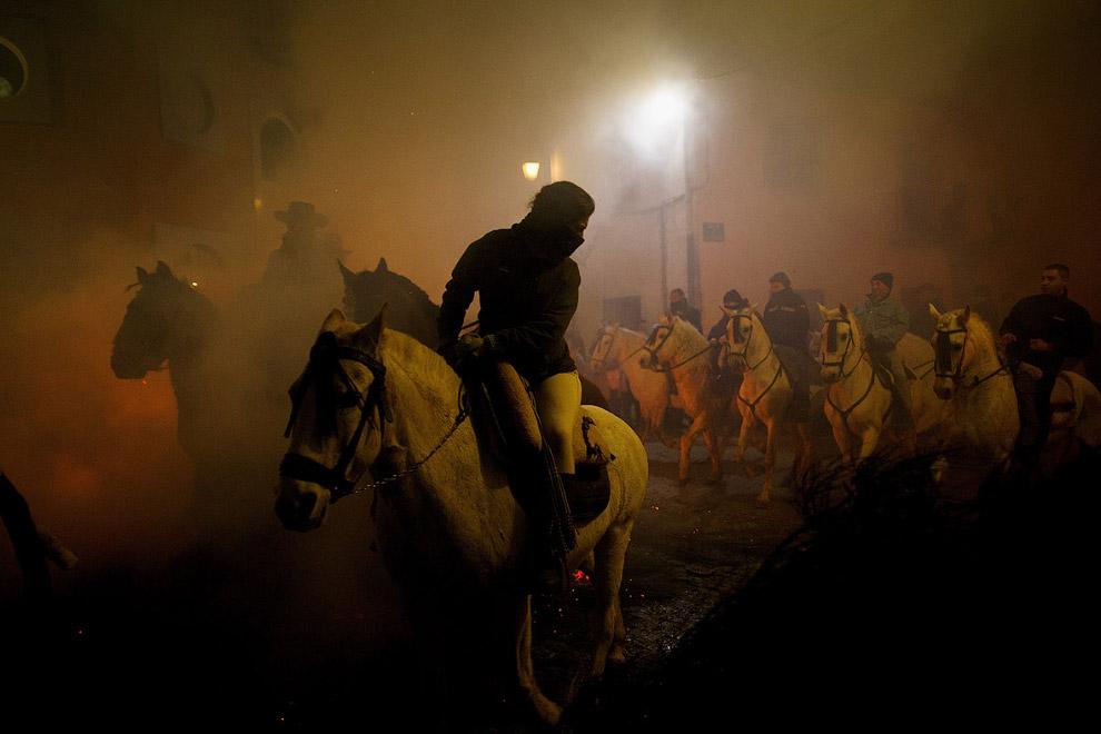 Огонь и лошади: День святого Антонио 2017