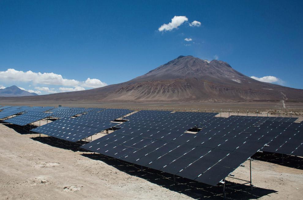 Панели солнечных батарей хорошо сочетаются с природными ландшафтами