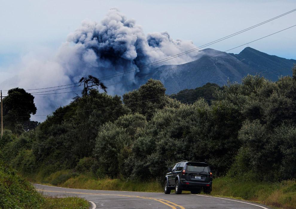 Коста-Рике в сентябре проснулся вулкан Турриальба, в результате чего была приостановлена работа столичного аэропорта