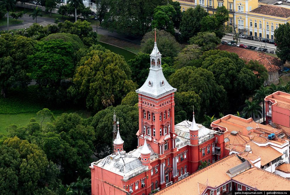 Здание музея истории бразильских огнеборцев