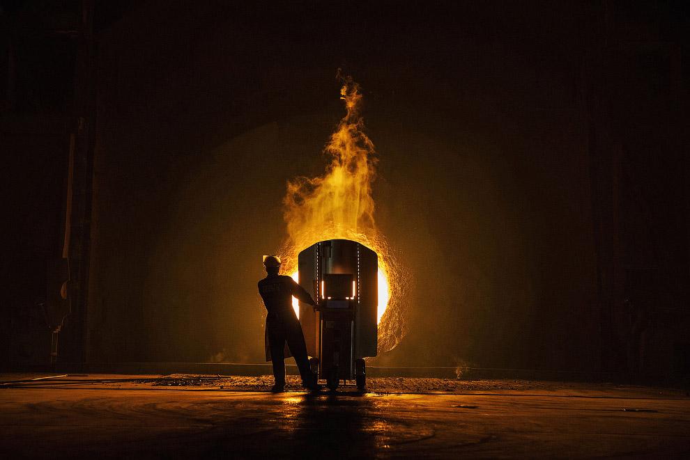 Это был небольшой фоторепортаж о «стальных» заводах Китая