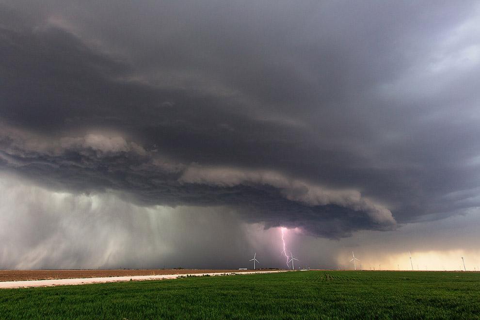 Буря с молниями в Канзасе