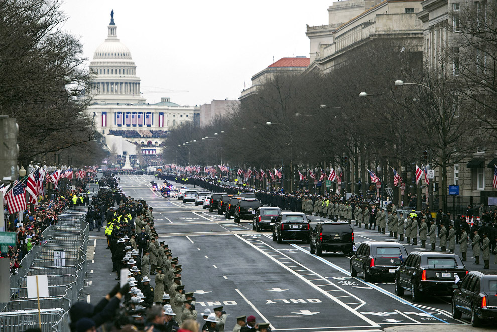 Едут. Президентский кортеж на пути к Капитолию, Вашингтон,