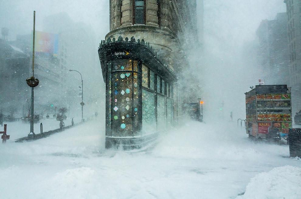Пурга и здания в Нью-Йорке