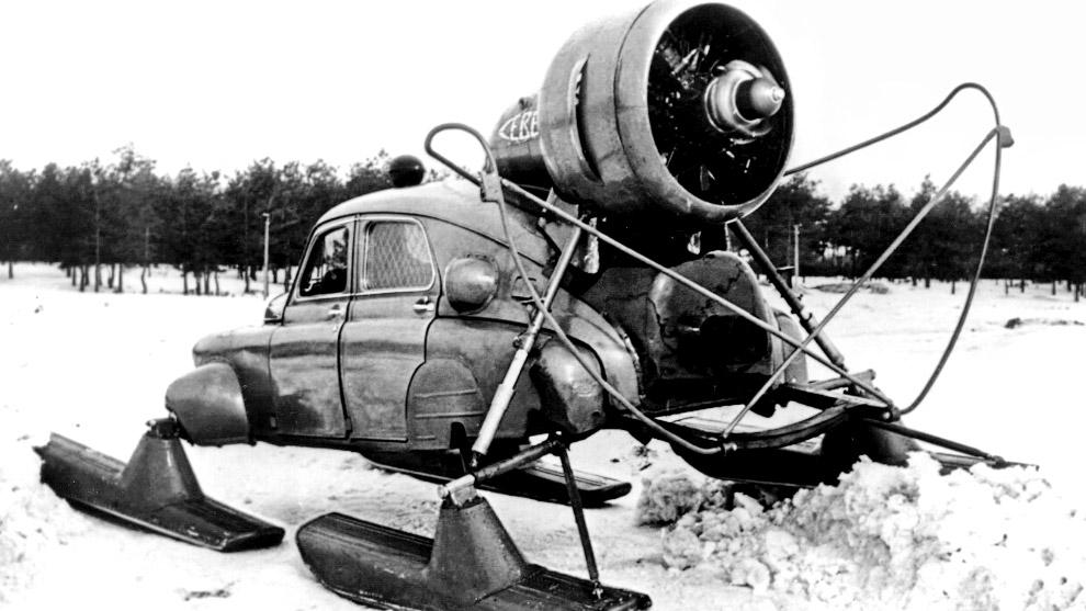 ГАЗ М-20 «Победа Север» – модификация автомобиля для езды по снегу, средняя скорость 30-35 км/ч.