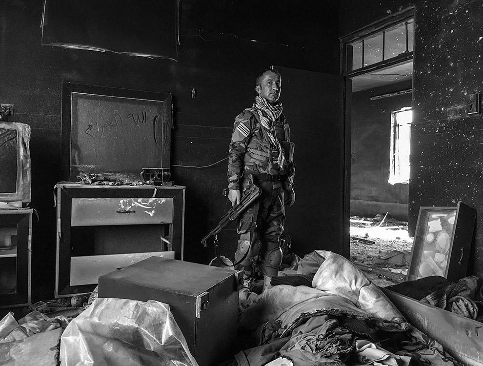 Курдский солдат в Иракском Курдистане. Лучшая фотография конкурса и победитель номинации «Фотожурналистика»
