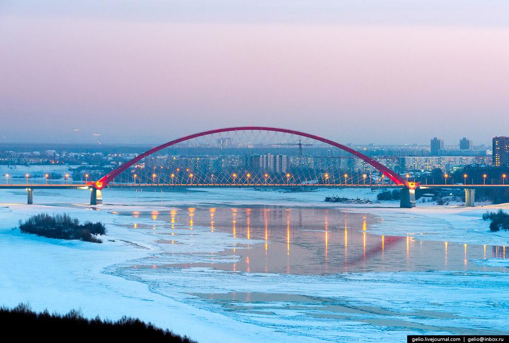 «Новобранец» в полку символов города — Бугринский мост.